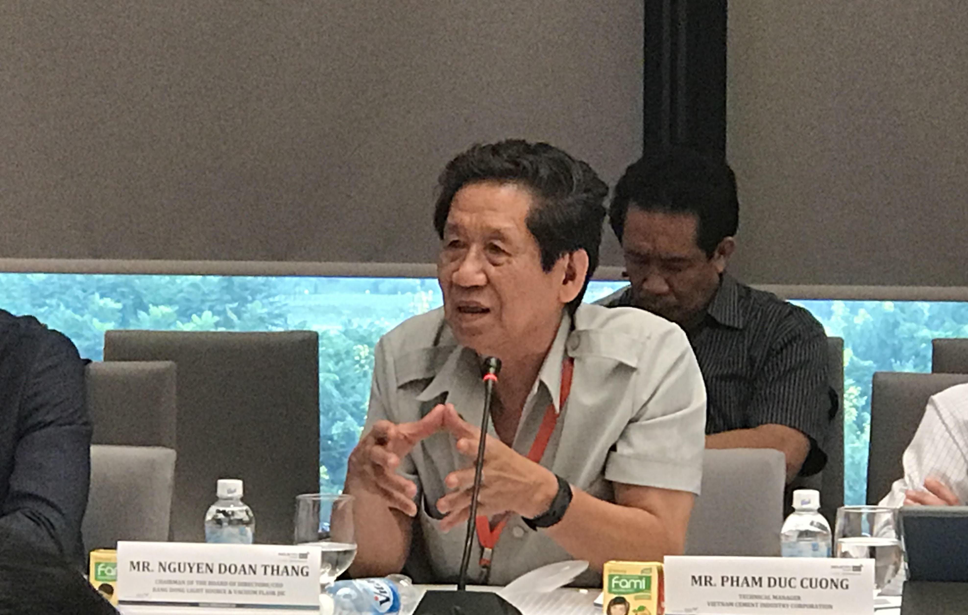Buổi họp báo của Công ty Rạng Đông
